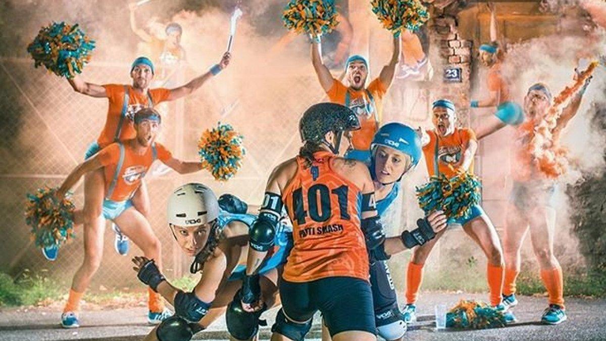 Las Vienna Roller Derby, en una imagen promocional con los Fearleaders.