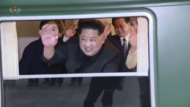 El líder norcoreano Kim Jong Un inaugura su propio tren.