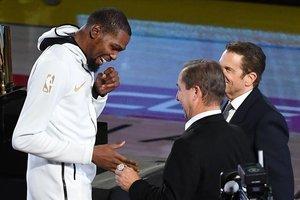 Kevin Durant: «M'agradaria jugar la meva última temporada al Barça»