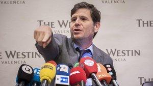 Alemany en su rueda de prensa de despedida del Valencia tras dejar de ser dircetor general