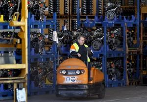 La producción industrial se ha incrementadoen14 comunidades autónomas y se sustenta en los bienes duraderos y en los intermedios.