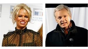 Pamela Anderson y Julian Assange.