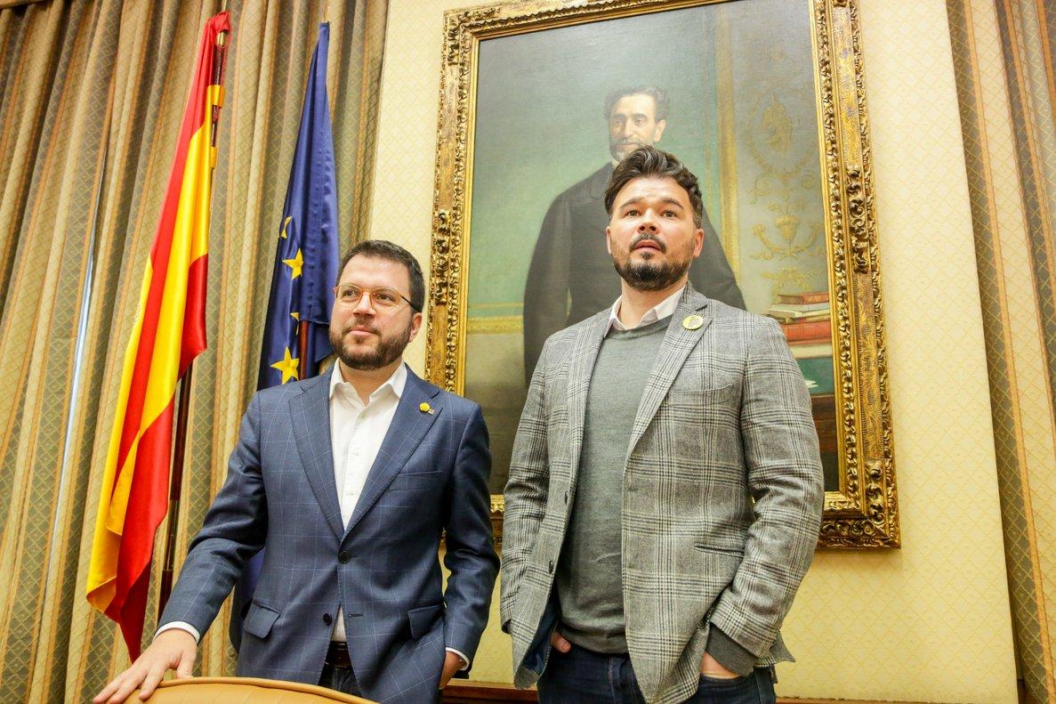 El coordinador nacional de ERC y vicepresidente del Govern, Pere Aragonés (izquierda)y el portavoz de Esquerra Republicana Per Catalunya en el Congreso de los Diputados, Gabriel Rufián (derecha).