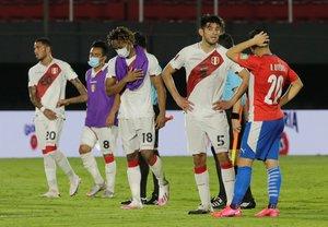 Paraguayos y peruanos se repartieron puntos en el estadio Defensores del Chaco.