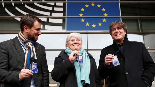 Puigdemont: «Aquesta és la foto que no volien i ja la tenen»