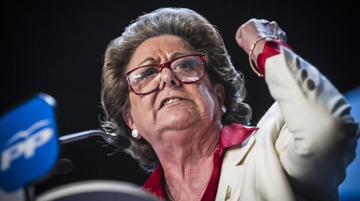 Durante su proclamación como candidata a la alcadía, en el 2015.