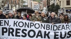 Manifestación en Bilbao contra la dispersión de los presos de ETA.