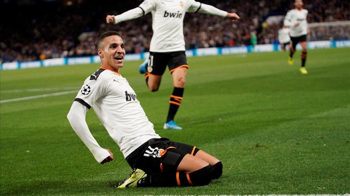 Rodrigo celebra el gol de la victoria en Londres.