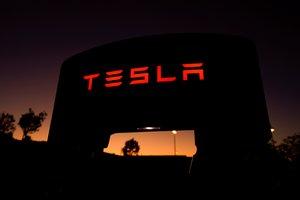 Tesla señaló que en el tercer trimestre entregó 17.400 unidades de los modelos Model S y Model X y 79.600 del Model 3.