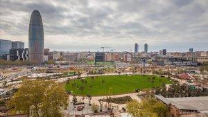Vista de la plaza de las Glòries y su entorno, en Barcelona.