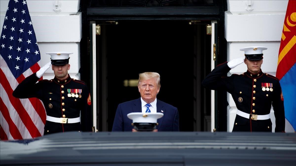 Economía: Trump defiende su guerra comercial con China