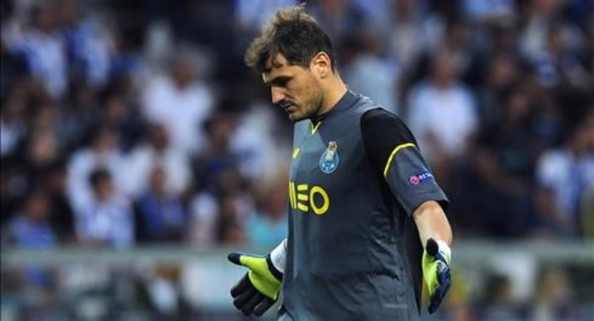 El Oporto busca la salida de Casillas
