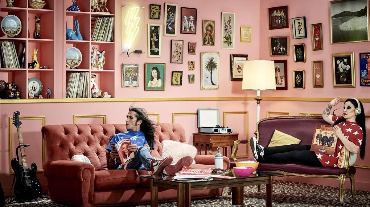 Mario Vaquerizo y Alaska, en una imagen promocional de la nueva entrega de su reality en MTV y Paramount Network.
