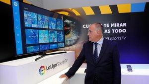 El presidente de LaLiga, Javier Tebas, en un estudio de la nueva plataforma televisiva.