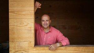 Grau Ussetti,director del Centre Sant Jaume,de la Fundacio Carles Blanch, en el edificio que la entidad está construyendo en la zona sur de Badalona.