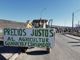 Tractores en la protesta de Molina de Aragón (Guadalajara), este viernes 21 de febrero.