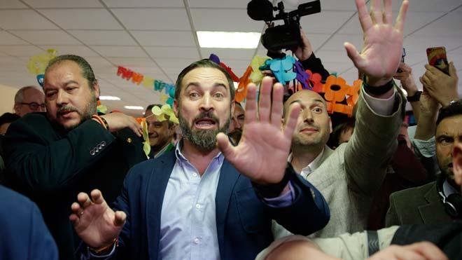 """Abascal: """"Milions d'espanyols votaran amb esperança, sense por de res"""""""