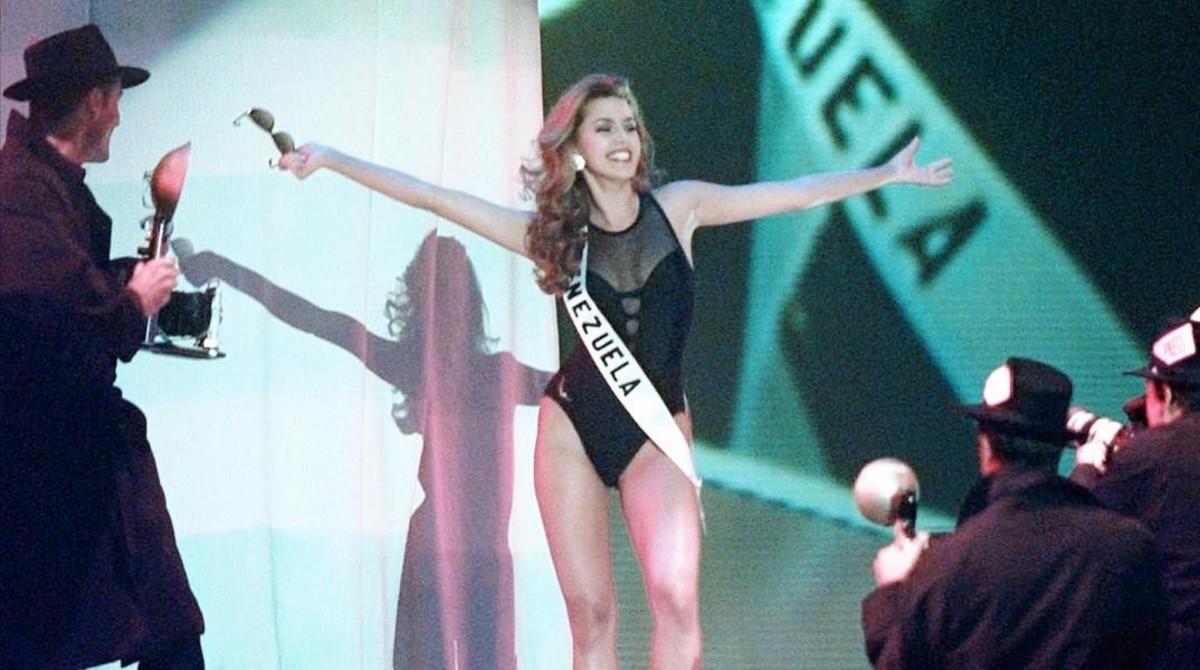 Alicia Machado, en la elección de Miss Universo 1996.