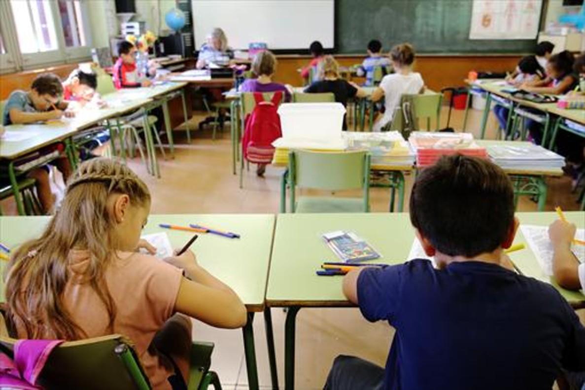 Alumnos en una escuela de Barcelona.