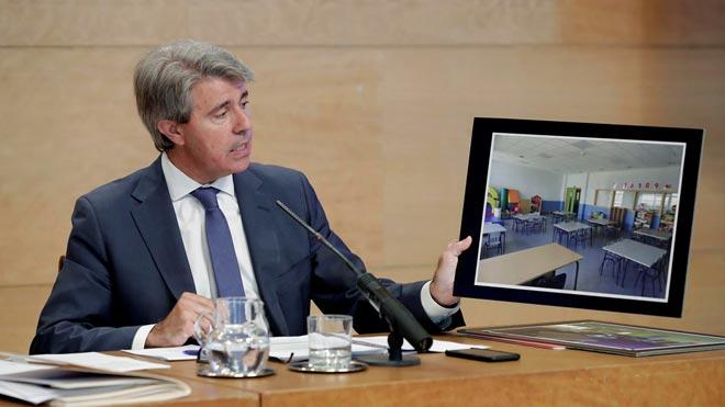 Ángel Garrido, presidente de la Comunidad de Madrid,insta a Pedro Sánchez a ocuparse de los golpistas vivos que hay en Catalunya en vez de preocuparse de los golpistas muertos.