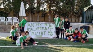 Biel Vargas, de verde, junto a sus compañeros del Peralada.
