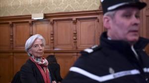 Christine Lagarde ante el tribunal de París que la está juzgando.