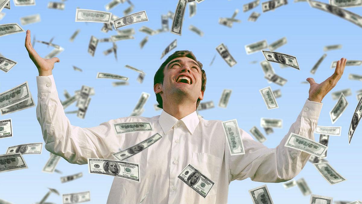 Confirmado: el dinero sí da la felicidad (si sirve para comprar tiempo).