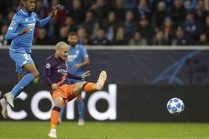 David Silva remata a puerta en el segundo gol del City