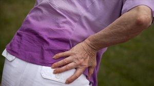Dolor de espalda provocado por artrosis.