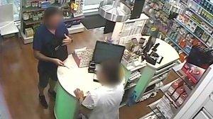 S'entrega un lladre que va atracar 9 farmàcies a Barcelona