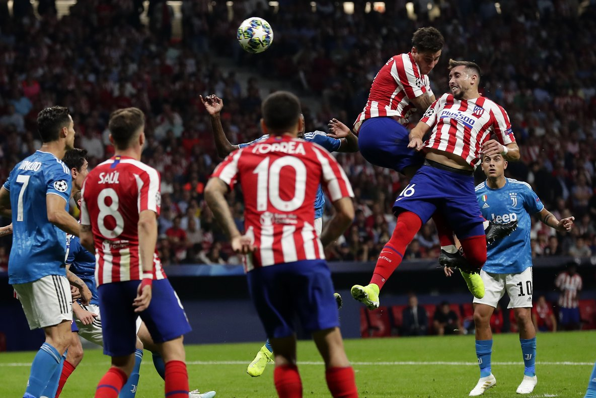 Atletico Madrid's Hector Herrera scores his side's 2nd goal during the Champions League Group D soccer match between Atletico Madrid and Juventus at Wanda Metropolitano stadium in Madrid, Spain, Wednesday, Sept. 18, 2019. (AP Photo/Manu Fernandez)