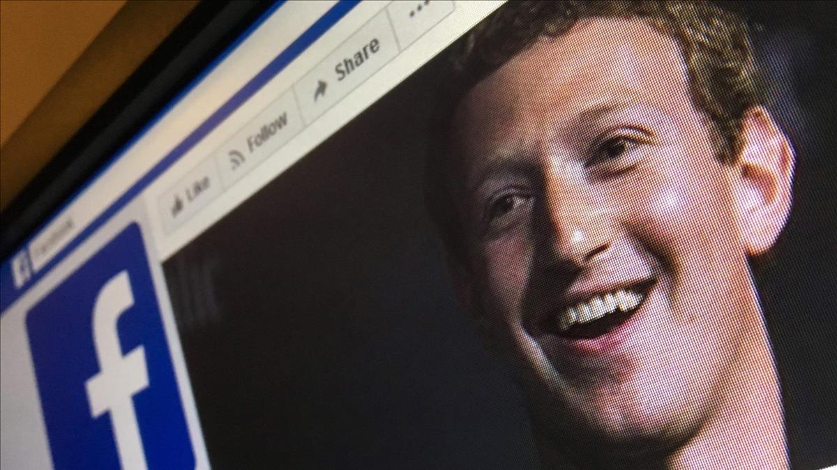 Imagen de Zuckerberg en una página de Facebook, tomada en Moscú el 22 de marzo.
