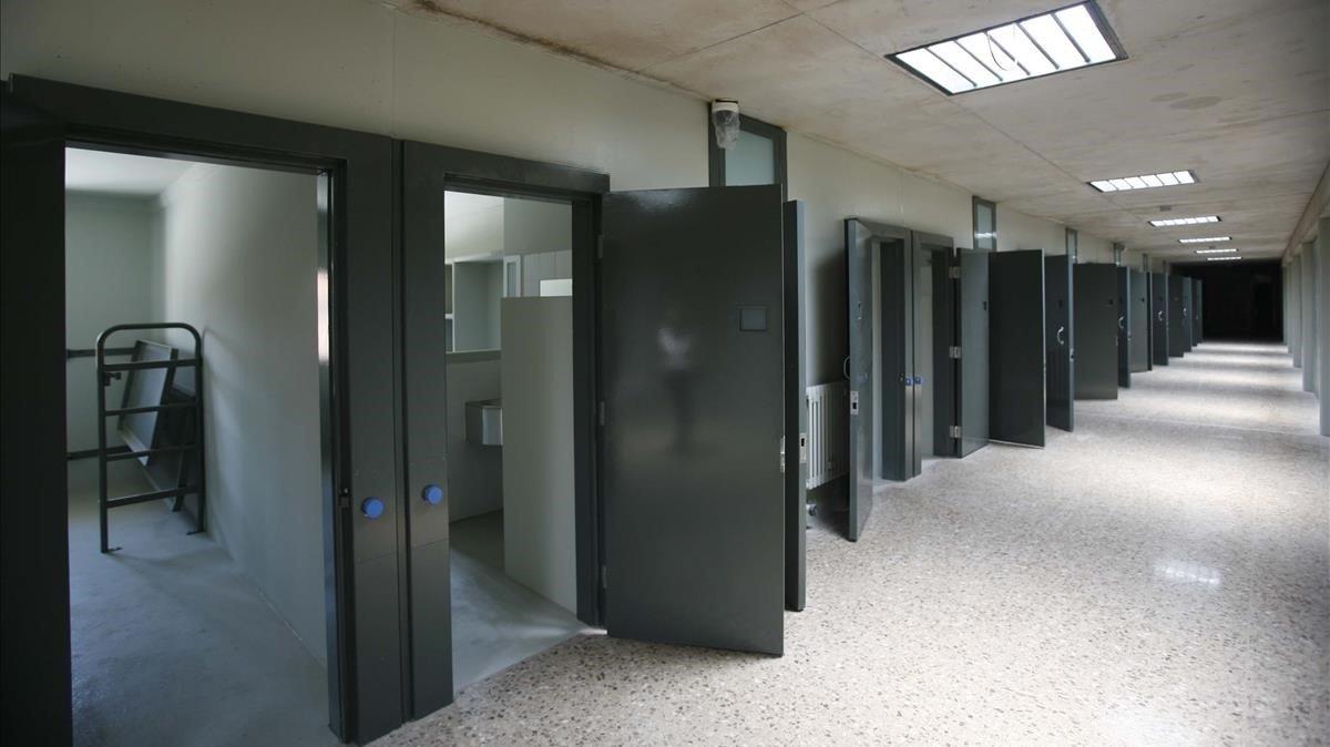 Interior de una de las galerías de la prisión de Lledoners.