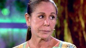 Isabel Pantoja se 'cuela' en el directo de su sobrina Anabel y le dedica un emotivo mensaje