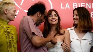 El 'remake' de 'Suspiria' de Guadagnino es carrega la màgia de l'obra mestra del terror