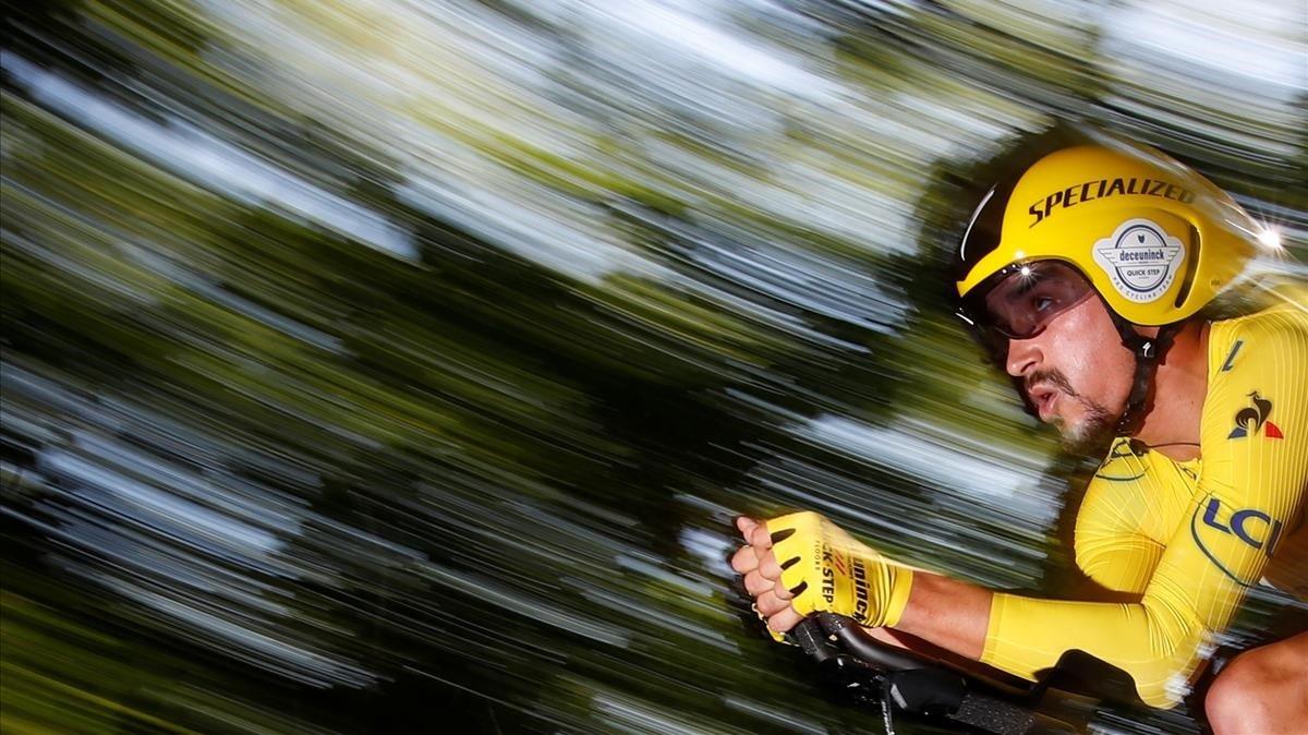 Julian Alaphilippe, durante la contrarreloj del Tour 2019.