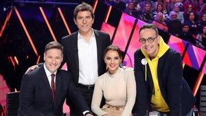 Manel Fuente y el jurado de 'Tu cara me suena' en la gala especial por los 30 años de Antena 3.