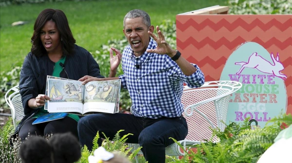 Barack Obama y su esposa, Michelle, han celebrado este lunes su última fiesta de los huevos de Pascua.