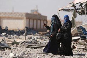 La Audiencia Nacional pide arrestar a las españolas del Estado Islámico en Siria