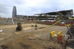 Obras del túnel viario bajo el futuro parque de las Glòries.