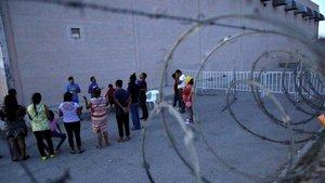 Oración por los contagiados por coronavirus en la ciudad mexicana fronteriza de Ciudad Juarez.