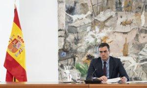 Pedro Sánchez, en la reunión del comité científico de seguimiento del coronavirus, en la Moncloa, el sábado.