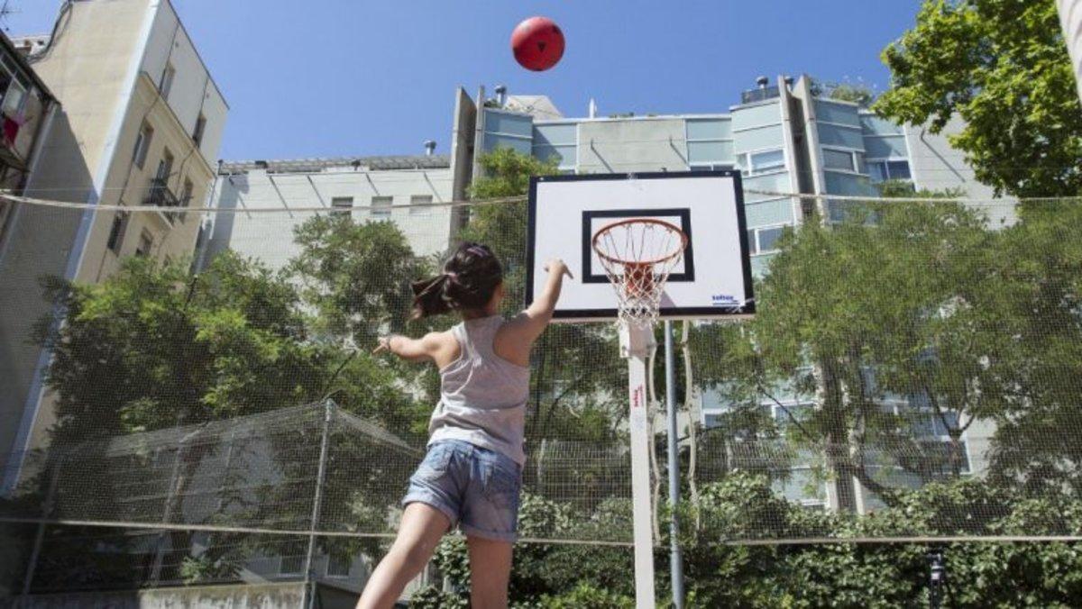 En total habrá 1.006 actividades de ocio, deportivas, educativas, culturales para niños y adolescentes de 16 y 17 años de la ciudad.