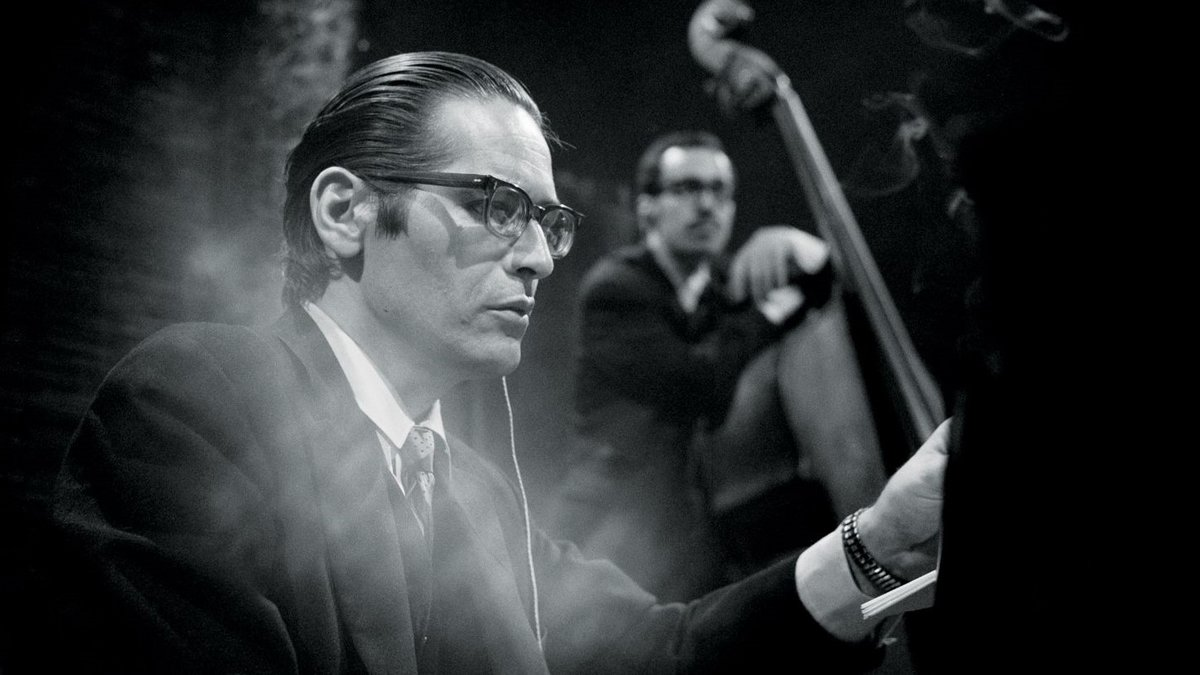 El pianista de jazz Bill Evans
