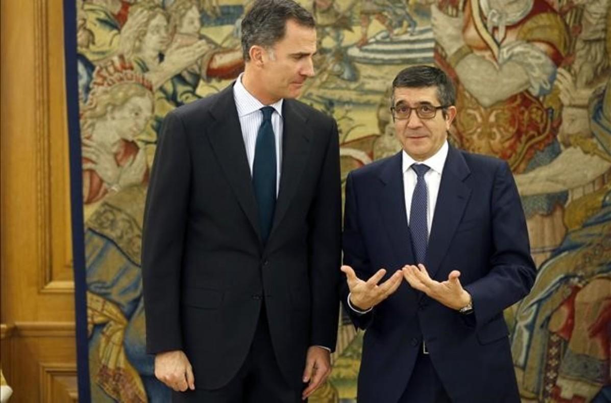 El rey Felipe VI junto al presidente del Congreso, Patxi López, en uno de sus últimos encuentros