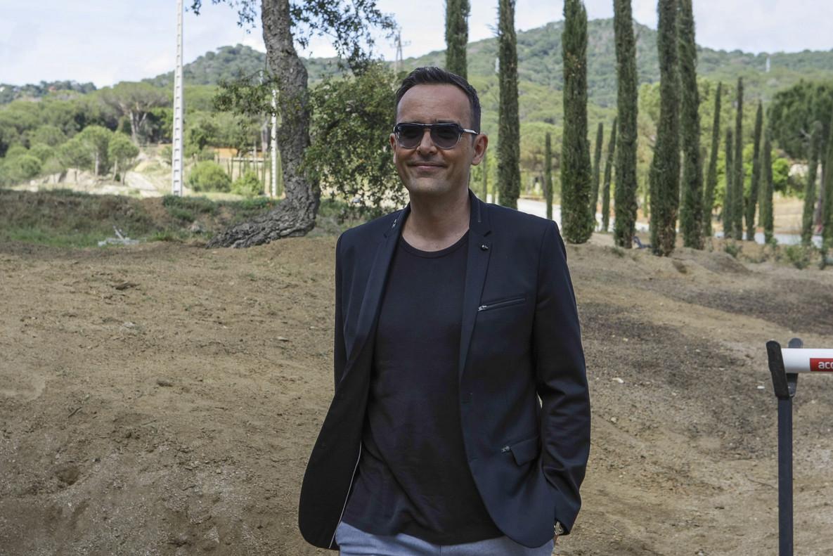 Risto Mejide duranre el dia de su boda con Laura Escanes