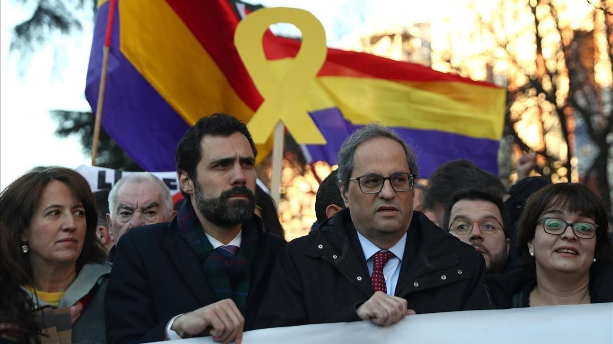 Roger Torrent y Quim Torra, en la manifestación del pasado 12 febrero, en Madrid.