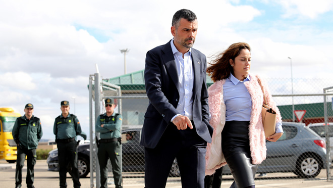 Santi Vila paga la fiança de 50.000 euros i surt de la presó