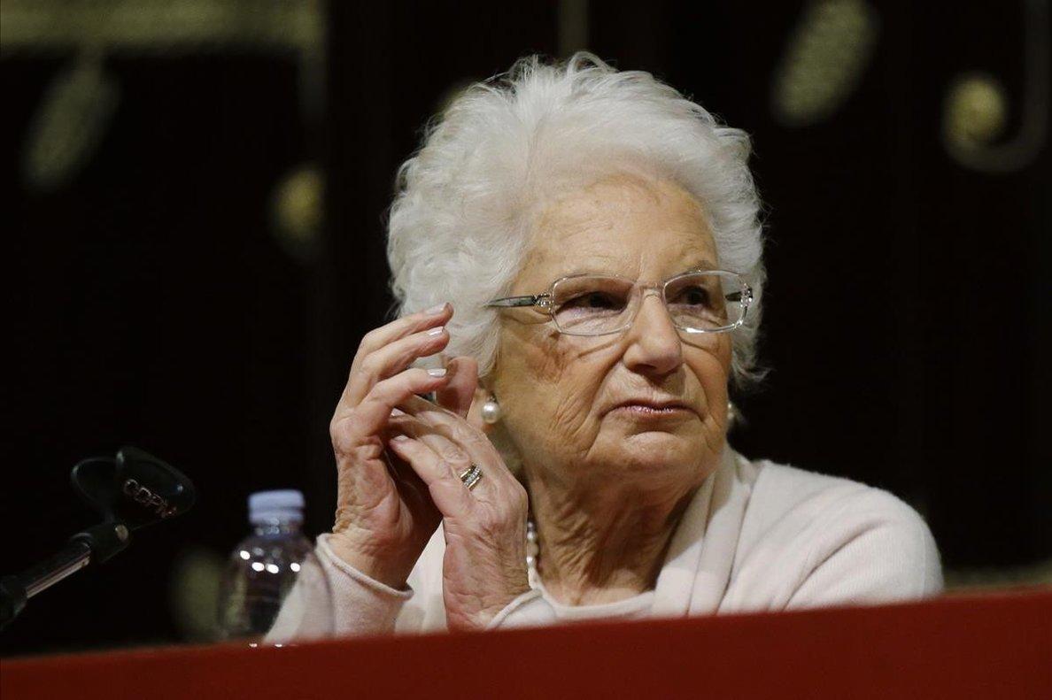 La senadora Liliana Segre, en un acto en Milán sobre el Holocausto.