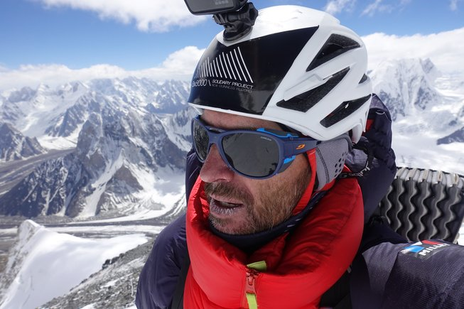 Sergi Mingote llegando al Campo 3 del Broad Peak